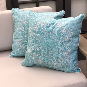 "2 Bohemian Mandala Throw Pillows - 18"" Aqua/White"